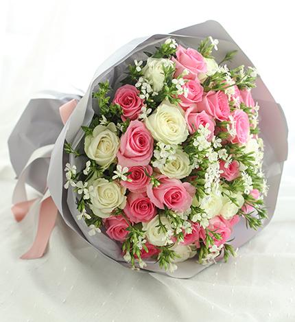 双子座守护花-苏醒玫瑰20枝、雪山玫瑰13枝-鲜花速递
