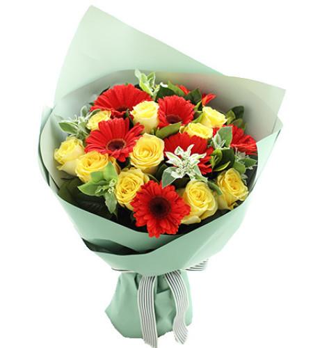 晴日-金枝玉叶黄玫瑰11枝、红色扶郎7枝