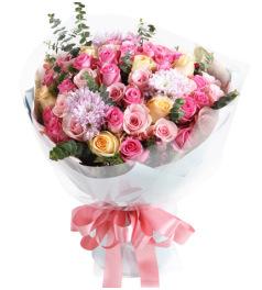 粉色浪漫-香槟玫瑰8枝,粉佳人13枝,苏醒玫瑰29枝