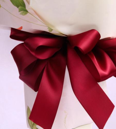 粉黛-粉玫瑰11枝、紫色洋桔梗等搭配