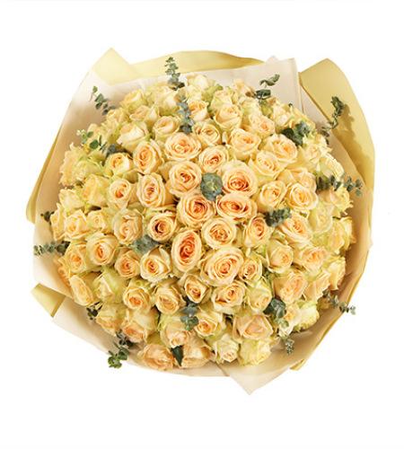 99的爱-香槟玫瑰99枝,尤加利适量