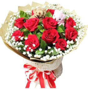 我们的幸福-11朵红玫瑰,一对小熊,满天星、栀子叶点缀