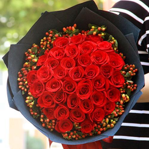 情人节送红玫瑰