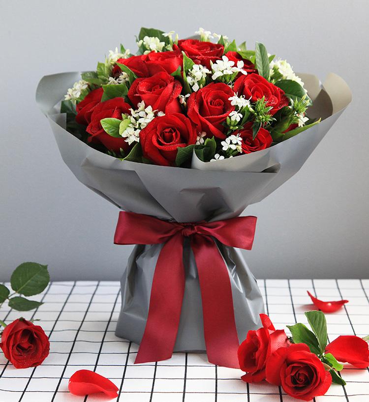 19枝红玫瑰