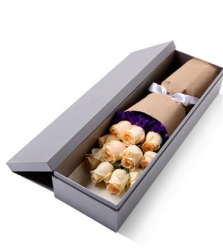 天使降临-11枝香槟玫瑰礼盒