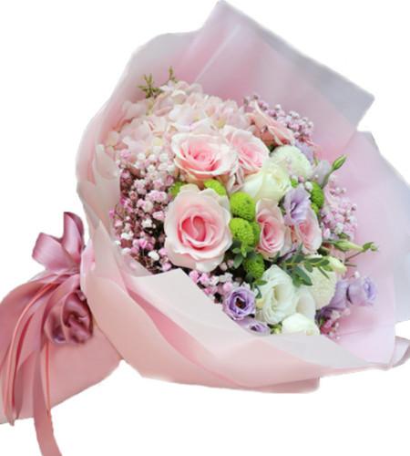 牵手-6枝粉佳人玫瑰,进口粉绣1枝、白乒乓球菊2枝,白色桔梗6枝
